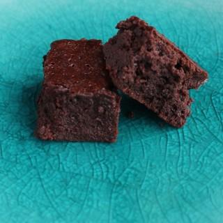 super chocolatey brownies (nut-free)