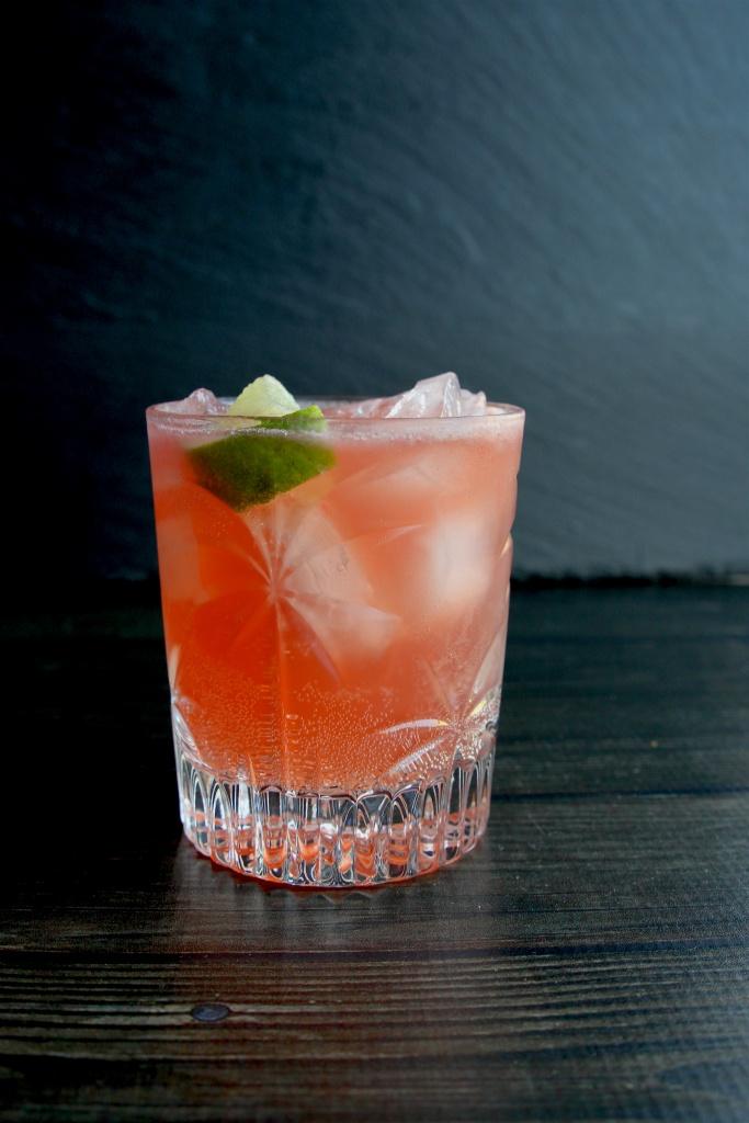 beachy bourbon cocktail