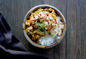curried beef with apricots and almonds